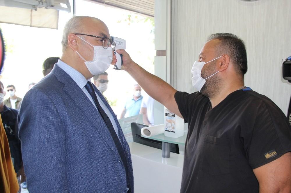 İzmir'de en kapsamlı korona virüs denetimi yapılıyor