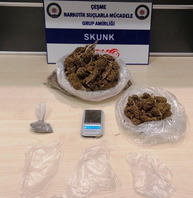 Uyuşturucu ticareti için Çeşme'ye gelen 2 şüpheli tutuklandı