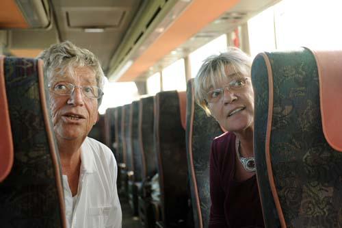 Kútvölgyi Erzsébet és Kern András útban az Astorka fesztiválra Az élet mint olyannal