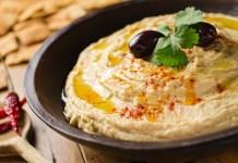 Hummusz - fotó: Foodio / Shutterstock