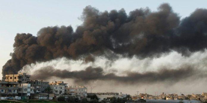 (illusztráció) Izraeli légicsapás után Gázában, 2008. december - fotó: Amir Farshad Ebrahimi / Flickr