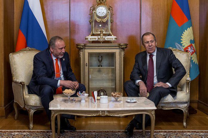 Szergej Lavrov orosz külügyminiszter és Avigdor Lieberman találkozója Moszkvában, 2017. április 26 - fotó: Orosz külügyminisztérium / Flickr