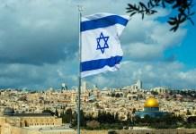 jeruzsalem izraeli zaszloval szikladom