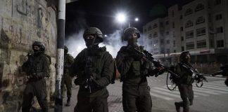 izraeli katonak ciszjordaniaban ejszaka