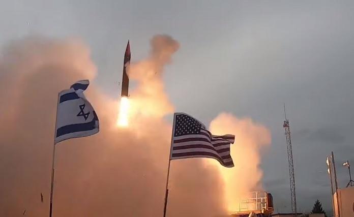 A Nyíl-3 rakéta kilövése Alaszkában