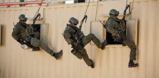 A Terrorizmusellenes Hadviselés Egysége (Yamam) gyakorlatozás közben - fotó: Wikipedia