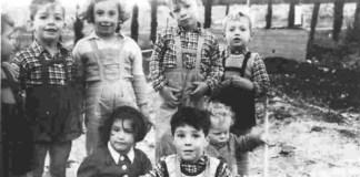 Kfar Hamakabi kibuc első gyerekcsoportja