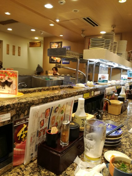 Sushi conveyer belt