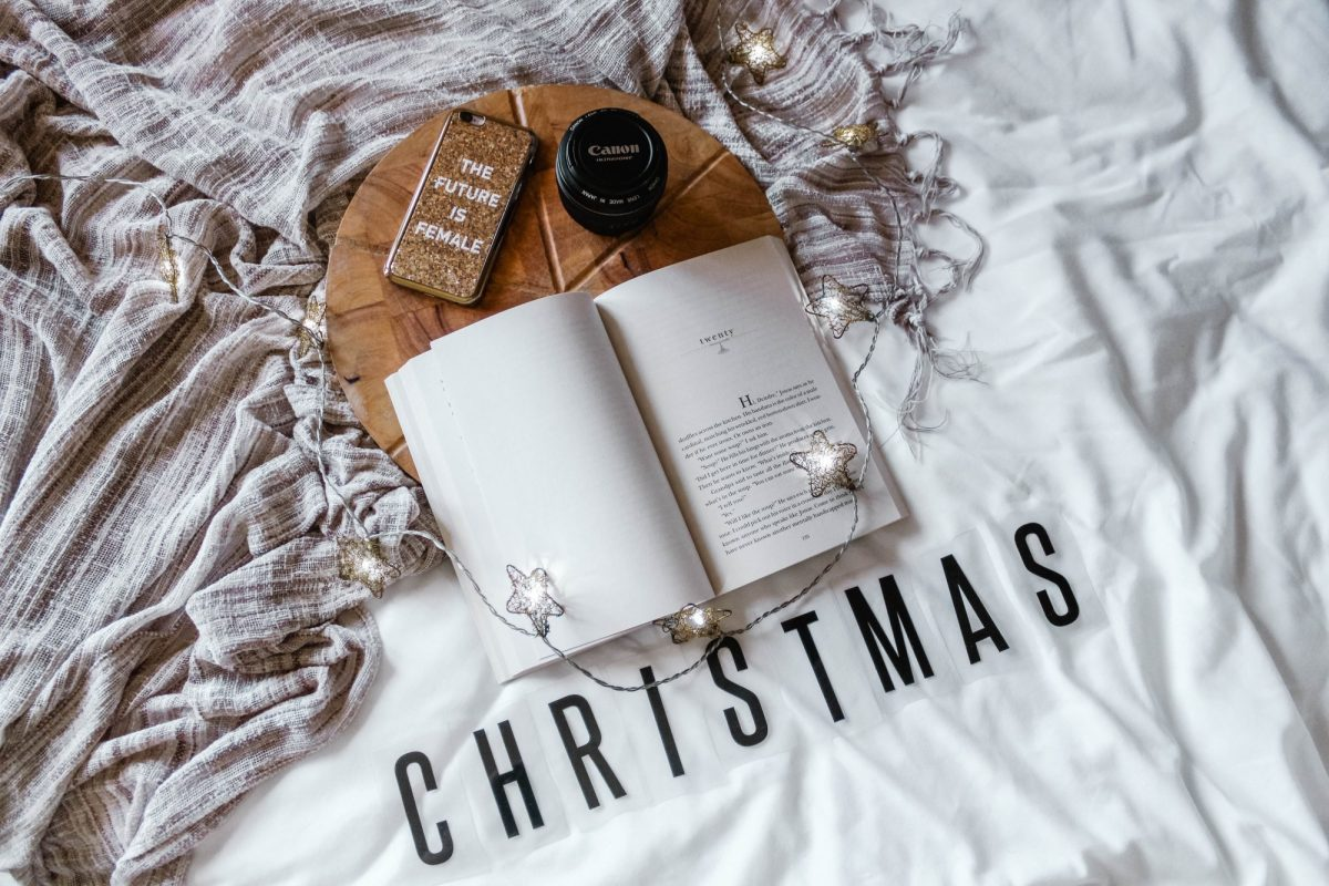 Christmas Gift Ideas For  Bloggers and Content Creators
