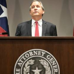 Texas Supreme Court: Lack of coronavirus immunity doesn't qualify voters for mail-in ballots