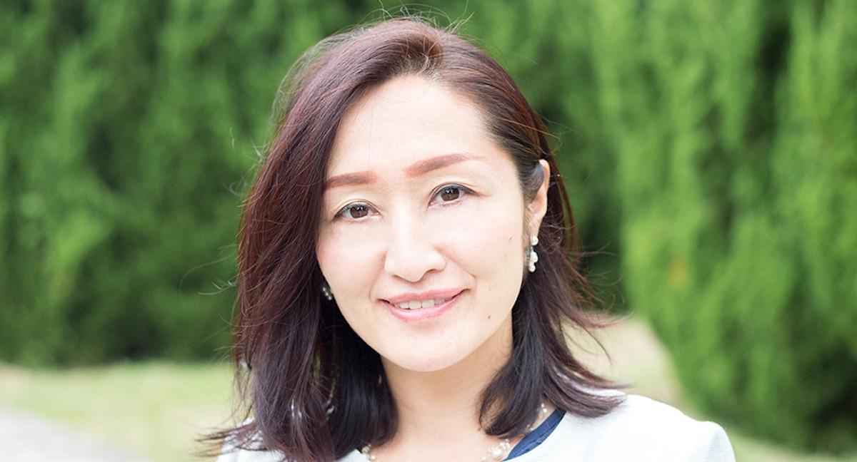 藤野葉子さん|美脳エステサロンGlanzオーナーエステティシャン、一般社団法人美脳セラピスト協会認定セラピスト
