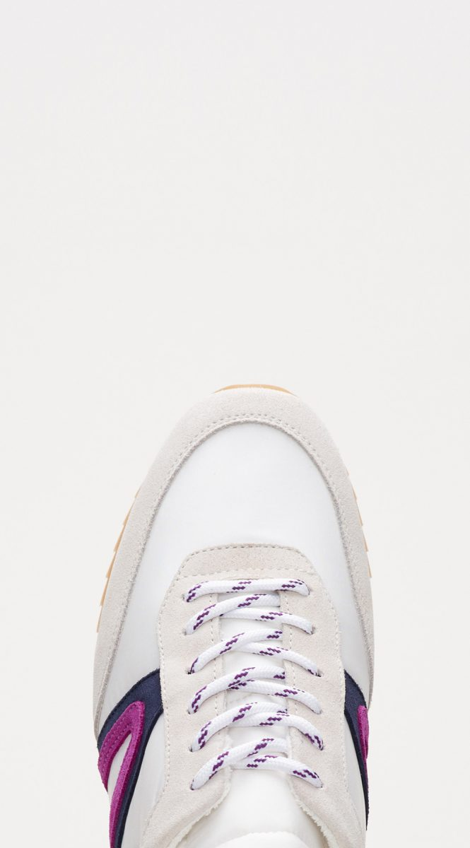 CLASSIC LACE-UP TRAINER
