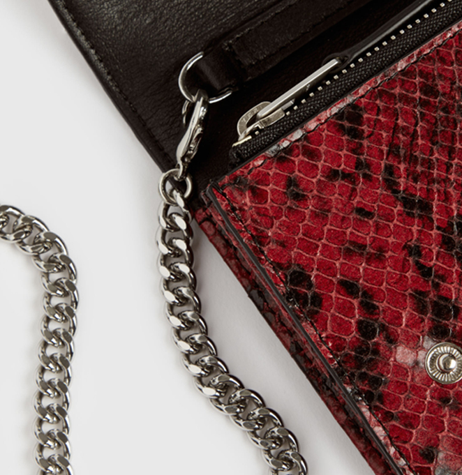 DARLINA CHAIN LEATHER WALLET