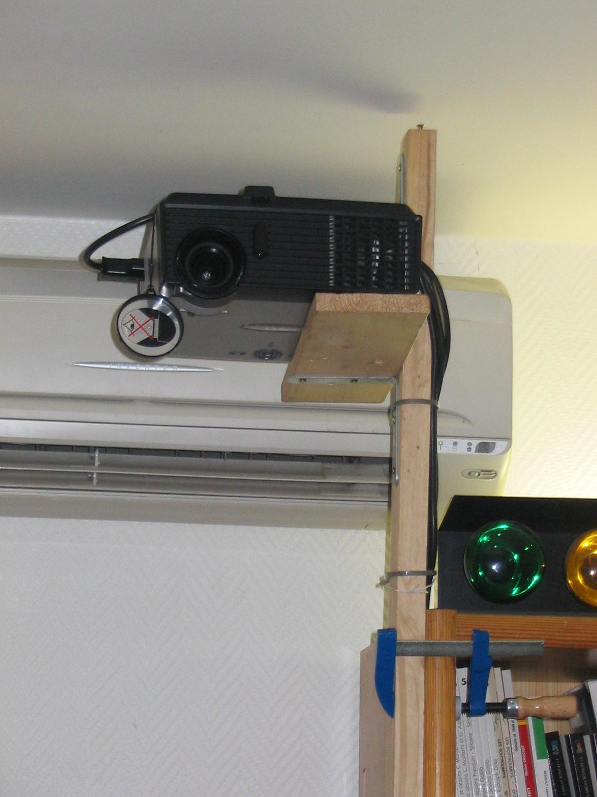 Fixation Vido Projecteur  j2corg Site Officiel de
