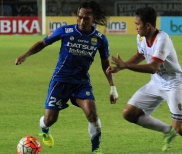 Gelandang Persib, Hariono, sukses mencatat gol perdananya saat melawan Perseru, Rabu (30/11). (net)