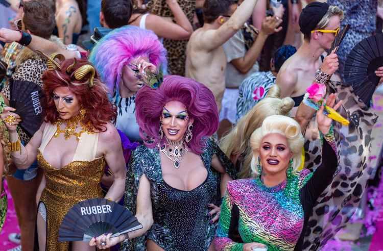 Histomantists at the 2019 Annual New York City Histomancy Pride Parade