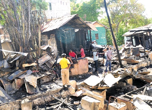 27 people lose homes fire Montego Bay May 2014