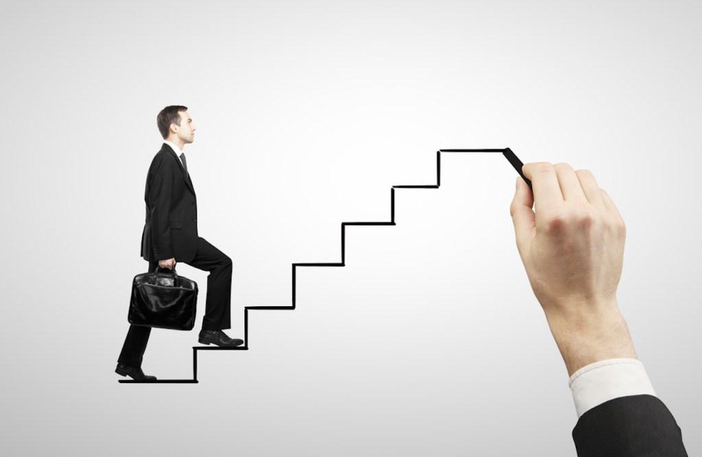 توسع المشاريع بين استنساخ الفشل والنجاح