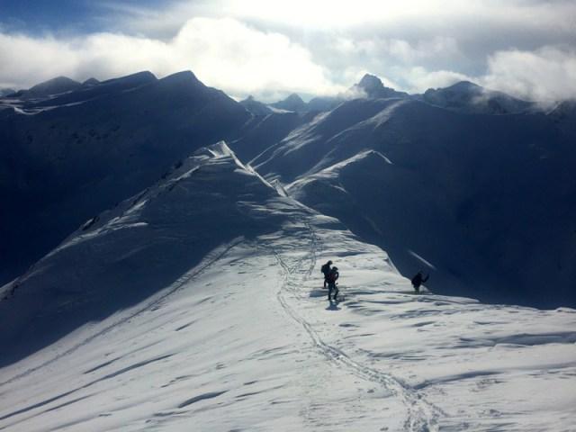 Cresta del Mala Cara, hacia el Pico Astún
