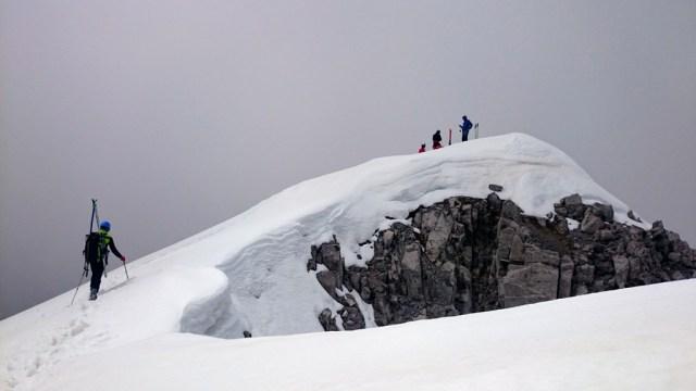 Juan cresteando hasta la cima