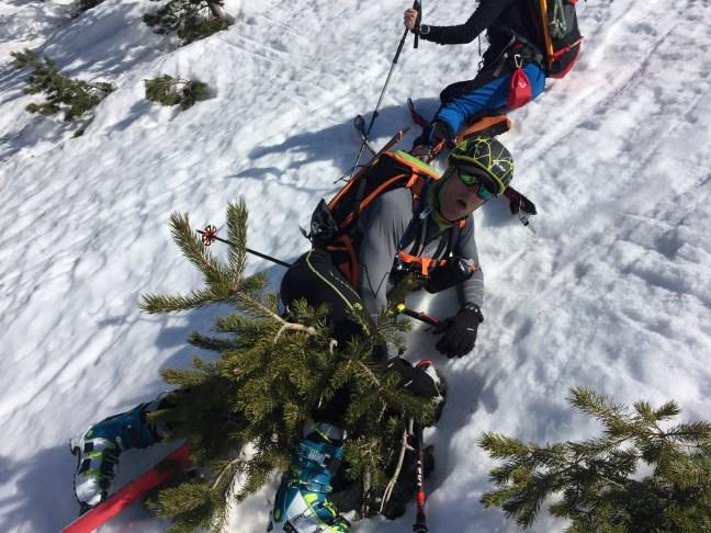 Subiendo al embudo Robert resbaló y descubrió una nueva modalidad: esquí al-pino