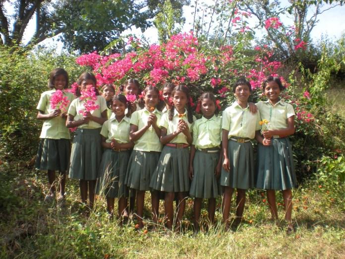 Alumnos de la Escuela de Kamda.
