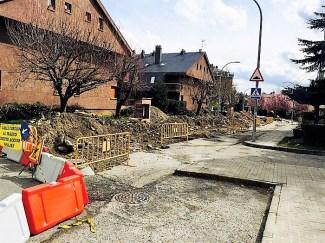 Reurbanización en la calle Fondabós. (FOTO: Rebeca Ruiz).