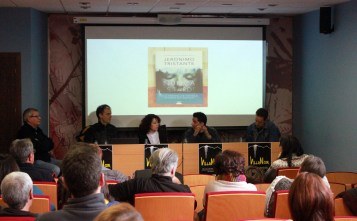 De izquierda a derecha, Juan Mari Barasorda (moderador), Jon Arretxe, Estela Chocarro, Rafa Melero, Jerónimo Tristante.