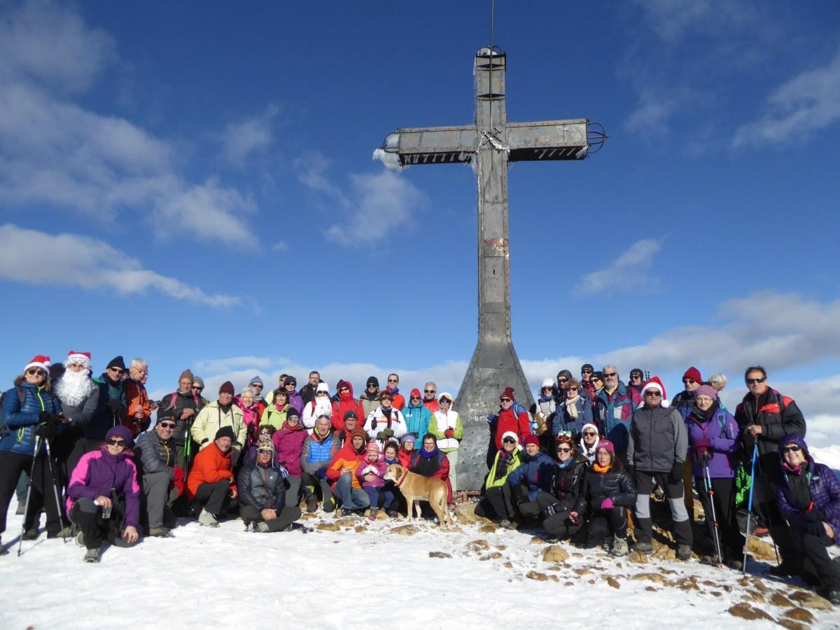 Belén popular del Club Pirineísta Mayencos en la Peña Oroel