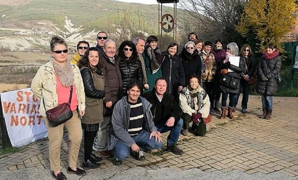 La presidenta de las Cortes de Aragón visita las zonas afectadas por la futura variante de Jaca