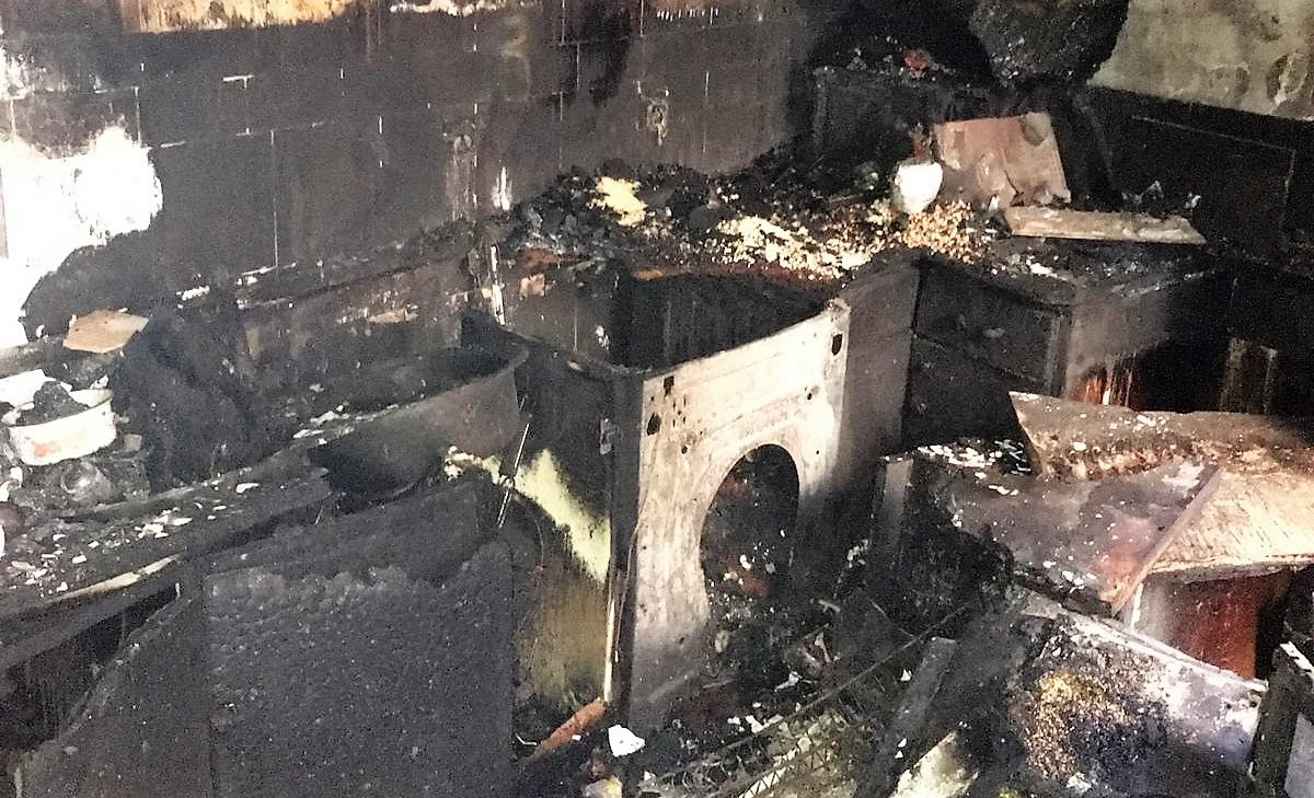 La Policía Nacional, clave en el auxilio en el incendio de Jaca