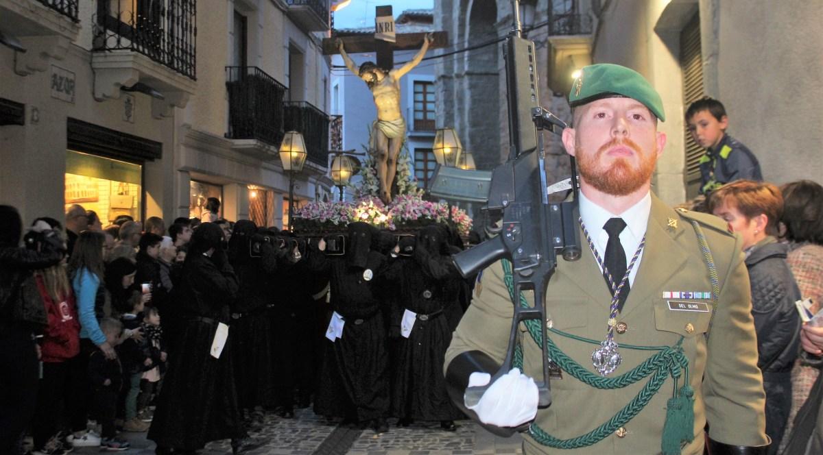 Recogimiento y tradición en la Procesión del Silencio del Martes Santo en Jaca