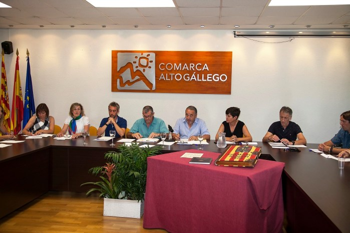 ARRUEBO. Lourdes Arruebo, reelegida presidenta del Alto Gállego.