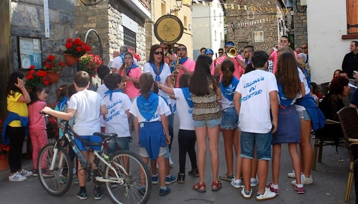 VILLANÚA. Fiestas. (FOTO: Turismo Villanúa)