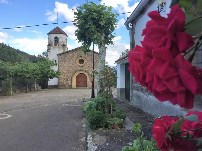 SALINAS DE JACA. Pueblo nuevo. (FOTO: Turismo. Comarca Hoya de Huesca)