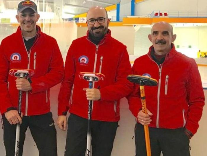 PODIO. Tres de los componentes del Jaca Red (Alfonso Gracia, Lucas Munuera y Domingo Hernández), que tratarán de hacer podio. (FOTO: CHJ)