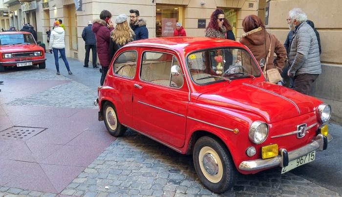 COCHES HISTÓRICOS. Pistonadas del Jacetania's Classic Cars. (FOTO: Rebeca Ruiz)