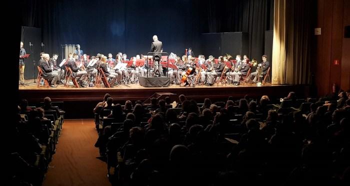 CONCIERTO DE NAVIDAD. Banda de Música Santa Orosia y Grupo Vocal Algarabía. (FOTO: Rebeca Ruiz)