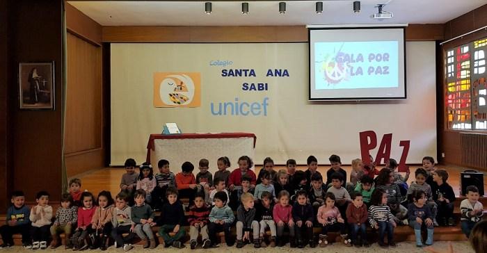 UNICEF. Los más pequeños del cole, en la Gala por la Paz. (FOTO: Rebeca Ruiz)