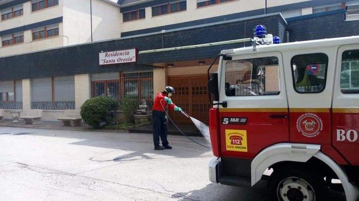LIMPIEZA EN JACA. (FOTO: Servicio de Emergencias de Jaca)