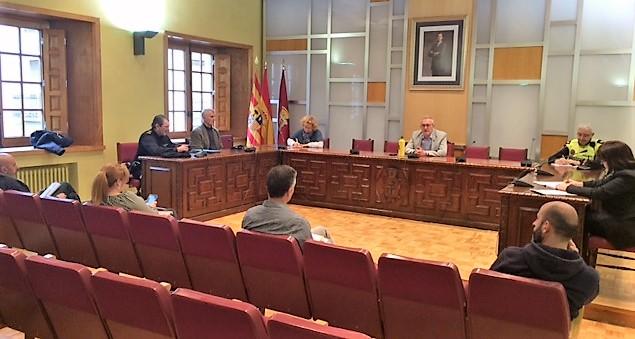 MEDIDAS. Reunión del Ayuntamiento de Jaca frente al Covid-19.