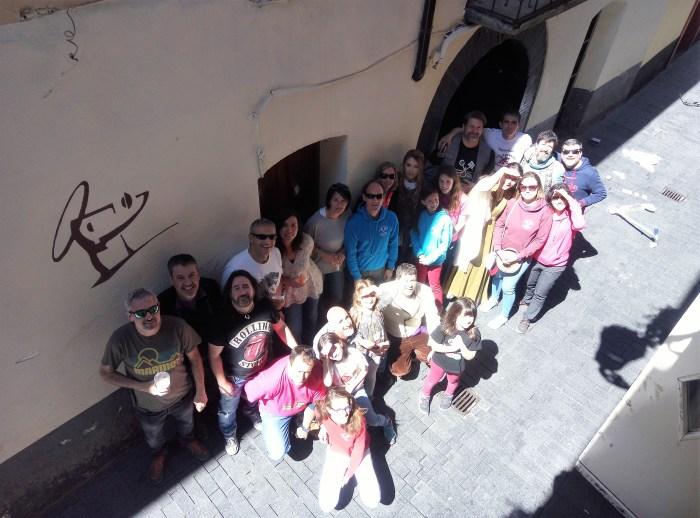 HERMANDAD. Miembros de La Rasera, durante el vermú del jueves del año pasado. (FOTO: La Rasera)