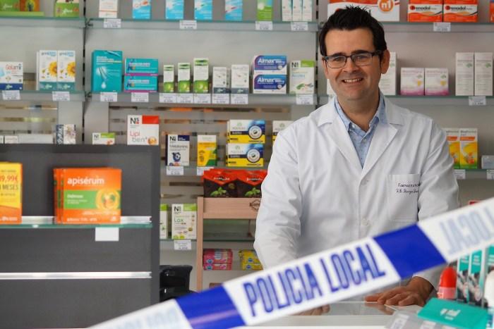 CORONAVIRUS. José Luis Berges Langa, farmacéutico, explica las claves de la crisis del Covid-19 (FOTO: Rebeca Ruiz)