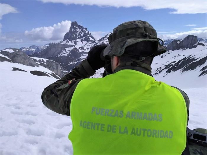 PATRULLAS MIXTAS. Controles en la frontera natural con Francia. (FOTO: Fuerza Terrestre Ejército de Tierra)