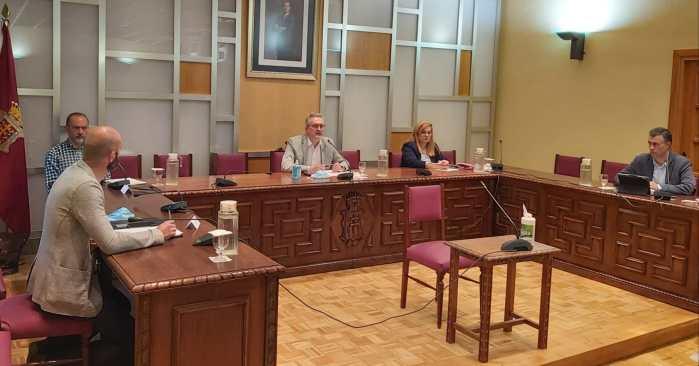 PLENO. Un momento de la última sesión. (FOTO: Ayuntamiento de Jaca)