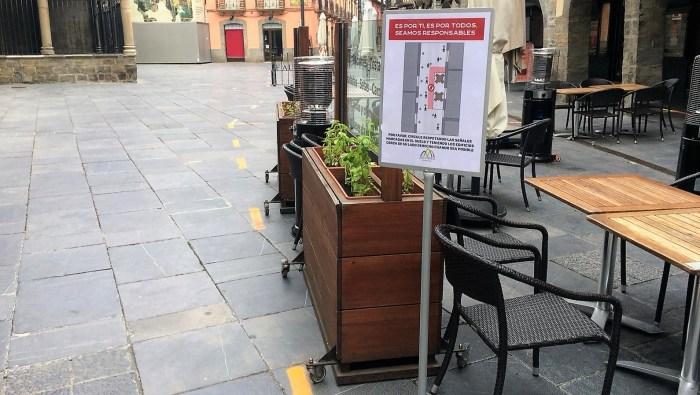 El PAR propone al Ayuntamiento de Jaca la exención total de la tasa de terrazas. (FOTO: Rebeca Ruiz)