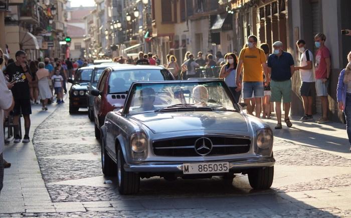 JACETANIA'S CLASSIC CARS. Recorrido por la Calle Mayor. (FOTO: Rebeca Ruiz)