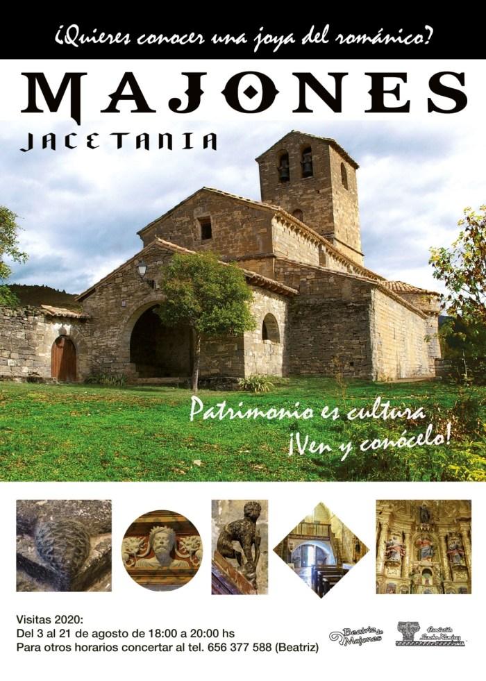 VISITAS. Beatriz de Majones vuelve a enseñar este verano la iglesia de San Salvador.