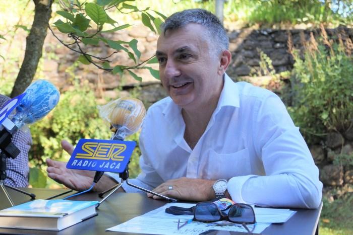 PRESENTACIÓN. Manuel Vilas, en la rueda de prensa de la feria. (FOTO: Rebeca Ruiz)