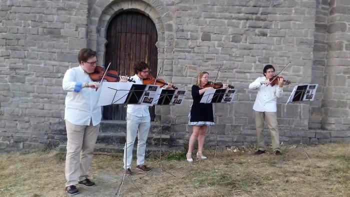 SIERRA MAESTRO-LANSAC CONSORT. El cuarteto de violines abrió el ciclo A son de Busa.